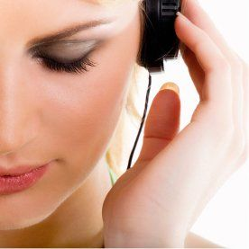 woman-listening-to-music11