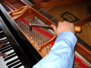 Piano_Tuner